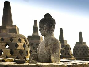 Rundreisen in Indonesien: Borobudur